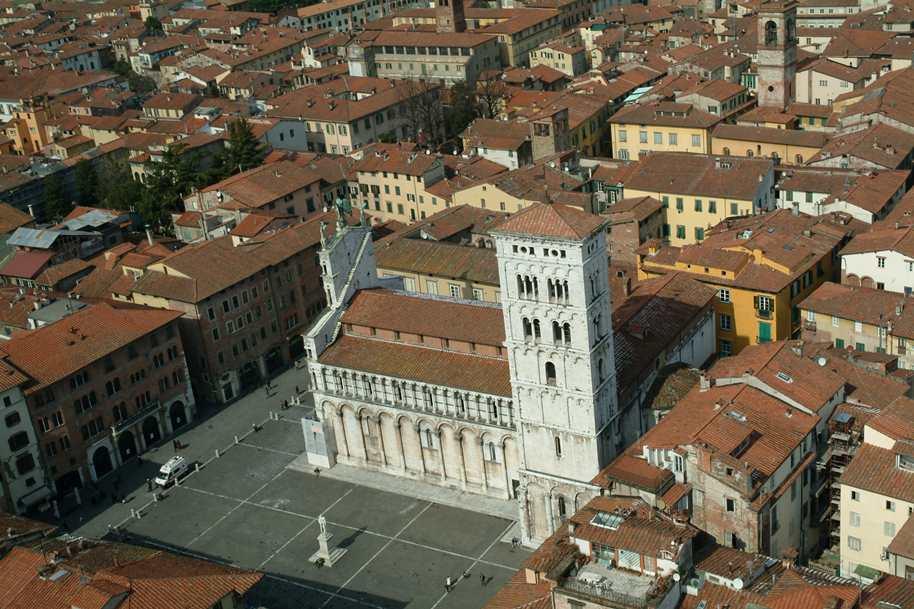 Omaggio a Lucca
